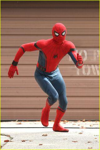 File:Spider-Man dance off.jpg
