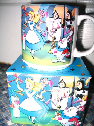 File:Alice Croquet Mug 5.jpg