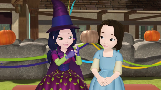 File:Lucinda with Jade.png