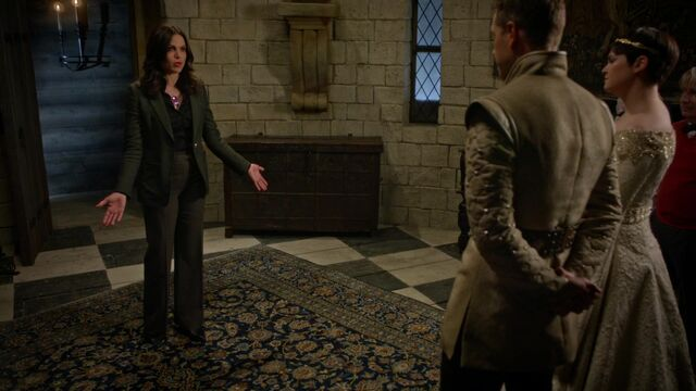 File:Once Upon a Time - 5x02 - The Price - Regina Makeover.jpg