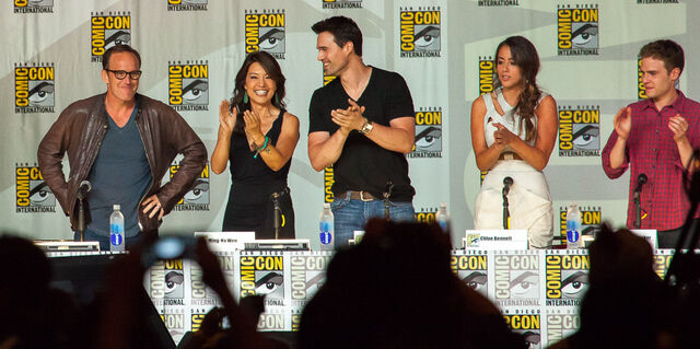 File:Agents of SHIELD - SDCC 2013.jpg