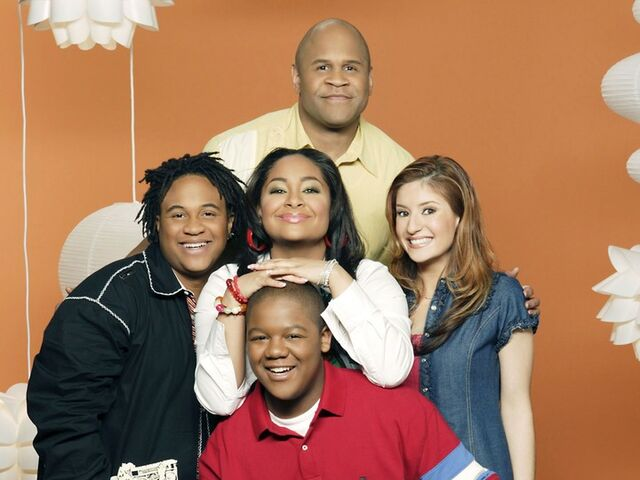 File:That's So Raven - Victor, Eddie, Raven, Cory and Chelsea 2.jpg