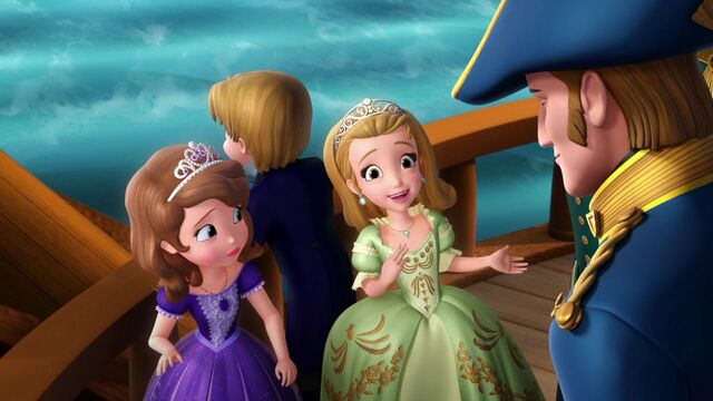 File:Elena and the Secret of Avalor Amber excited.jpg