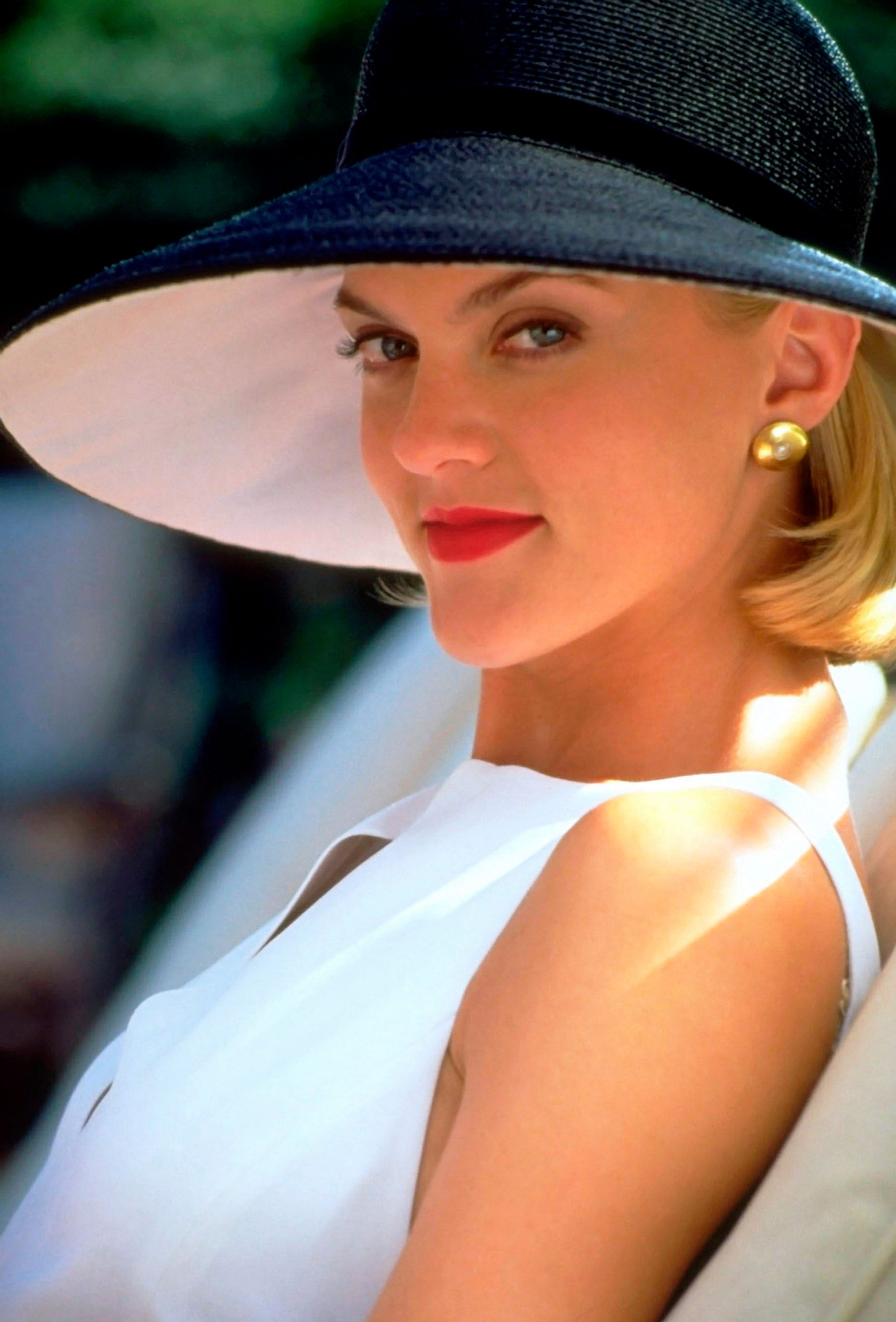 File:Meredith blake parent trap .jpg