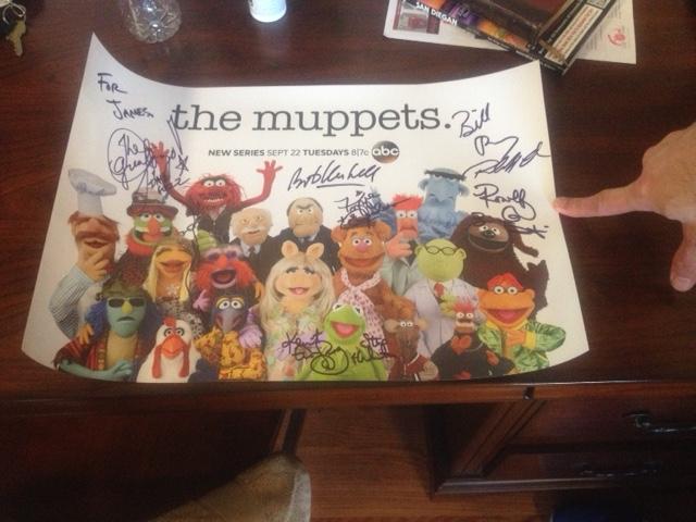 File:Signing-autographs.jpg