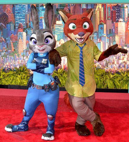 File:Zootopia characters world premiere.jpg