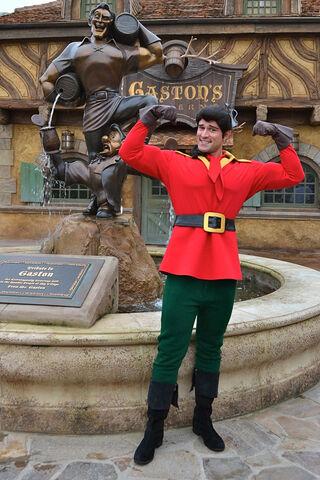 File:Gaston at Walt Disney World.jpg