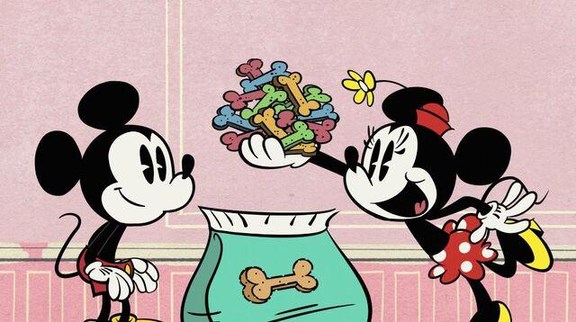 File:Mickey minnie dog biscuits.jpg