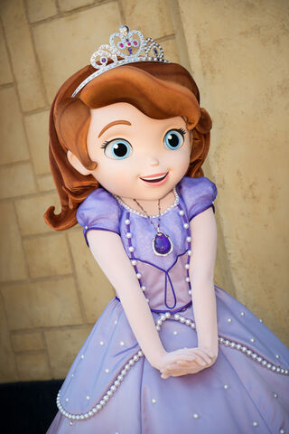 File:Sofia The First At Disney World.jpg