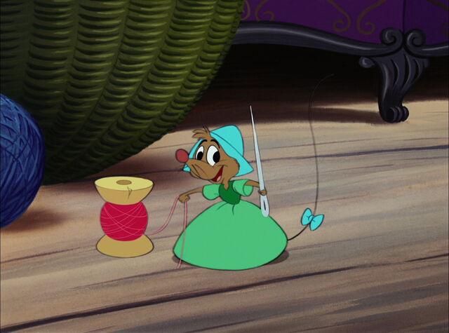 File:Cinderella-disneyscreencaps.com-3648.jpg