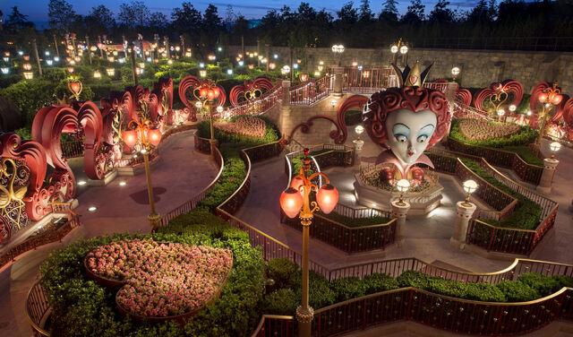 File:Shanghai Disneyland Special 08.jpg