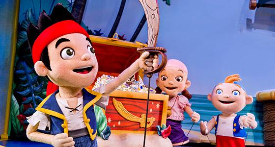 File:Jake&crew-Disney Junior Live Onstage.jpg