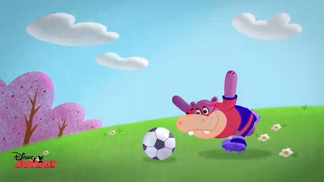 File:Animated hallie playing soccer.jpg