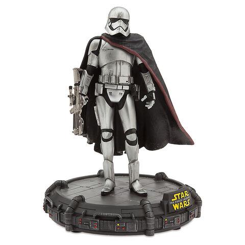 File:Captain Phasma Figurine - Limited Edition.jpg