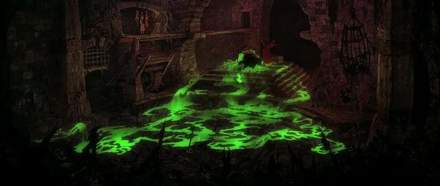 File:Black-cauldron-disneyscreencaps.com-7228.jpg