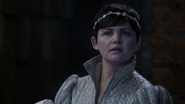File:Once Upon a Time - 5x03 - Siege Perilous - Snow is Shocked.jpg