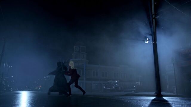 File:Once Upon a Time - 6x11 - Tougher Than the Rest - Emma Gideon Swordfight.jpg