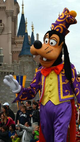 File:Walt-disney-world-magic-kingdom-celebrate-a-dream-come-true-parade-31.jpg