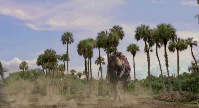 File:Dinosaur-disneyscreencaps com-261.jpg
