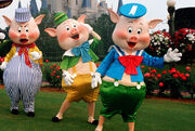 Disney-three-little-pigs-011813