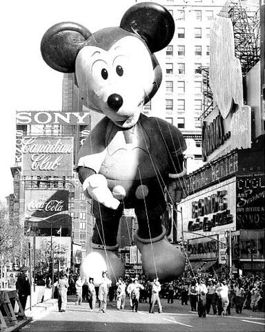 File:Mickey-mouse-shit-.jpg