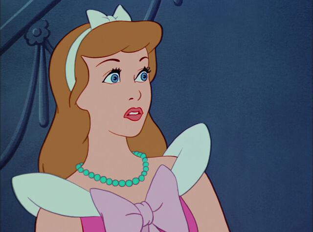 File:Cinderella-disneyscreencaps.com-4672.jpg
