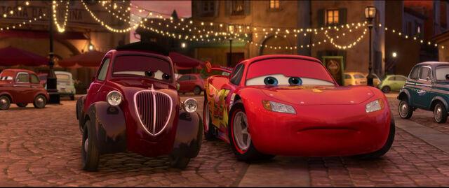 File:Cars2-disneyscreencaps.com-6666.jpg