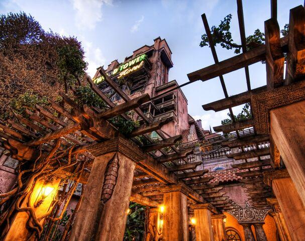File:Hth haunted gardens.jpg
