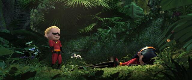 File:Incredibles-disneyscreencaps.com-9752.jpg
