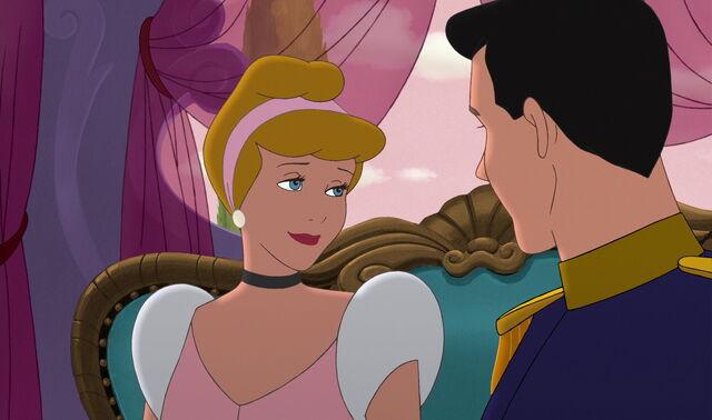 File:Cinderella2-disneyscreencaps.com-430.jpg