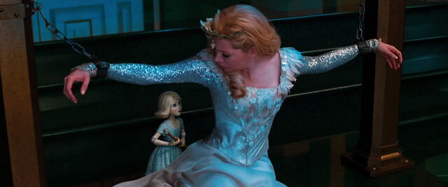 File:Oz-great-powerful-disneyscreencaps.com-13264.jpg