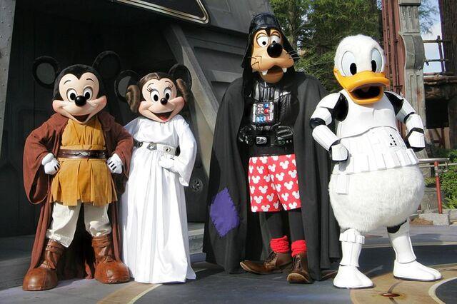 File:Star-Wars-Weekends.jpg