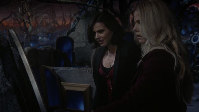 File:Once Upon a Time - 6x08 - I'll Be Your Mirror - Regina and Emma.jpg