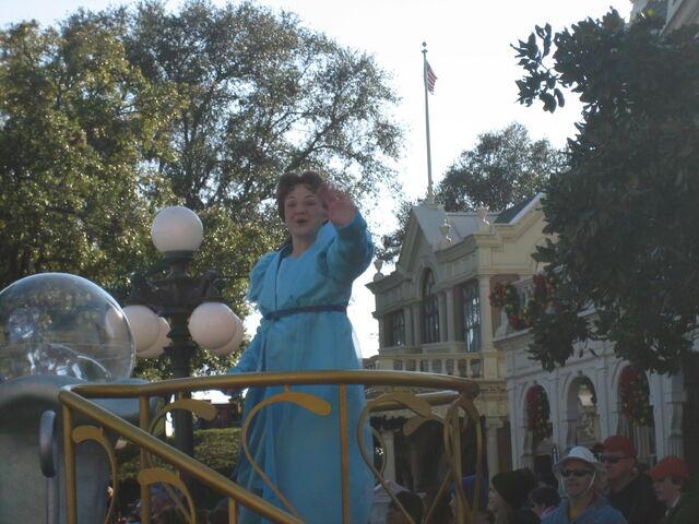 File:Disney 2008 0532.JPG