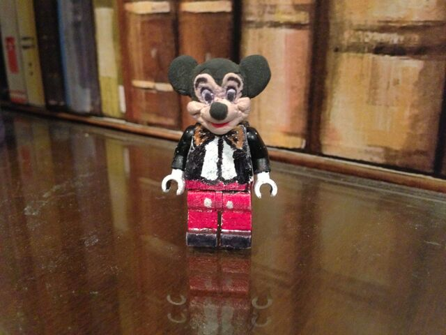 File:Lego Mickey Mouse .jpg