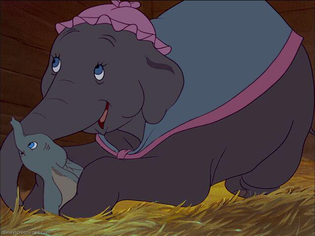 File:Dumbo-disneyscreencaps com-1006.jpg