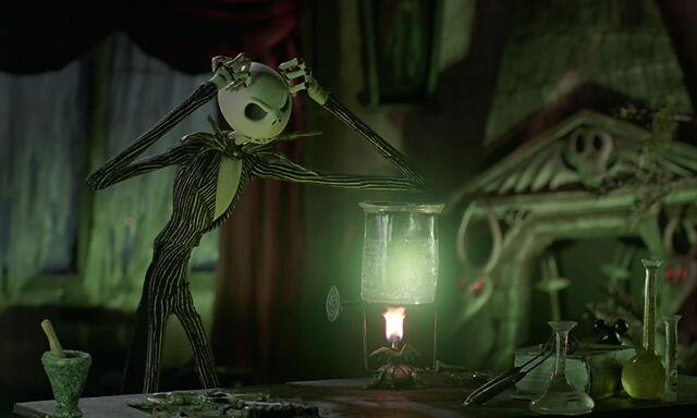 File:Nightmare-christmas-disneyscreencaps.com-3177.jpg