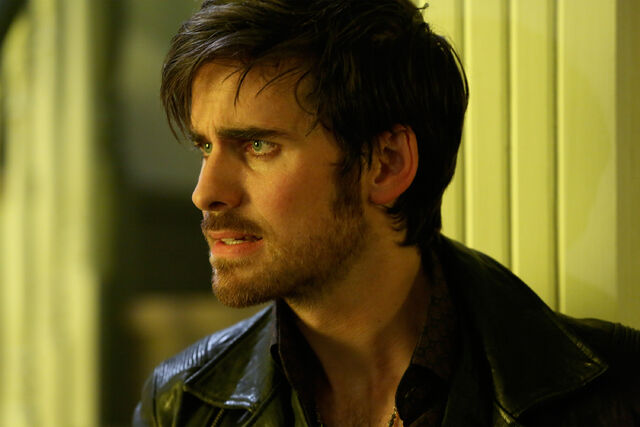 File:Once Upon a Time - 5x08 - Birth - Released Image - Hook 3.jpg