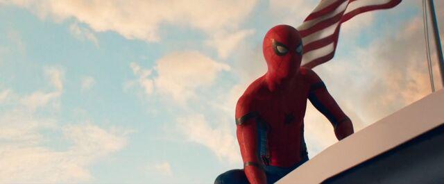 File:Spider-Man Homecoming 37.jpg