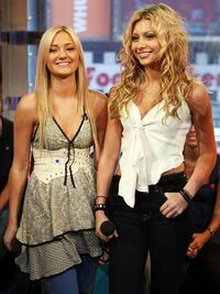 Aly-and-aj-WOS