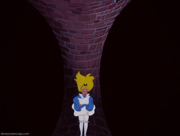 File:Alice-disneyscreencaps.com-586.jpg