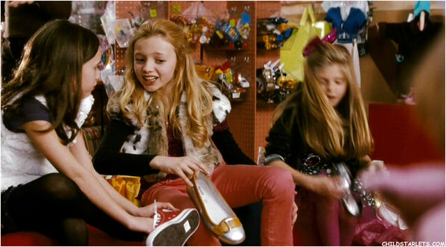 File:Katie and Emma3.jpg