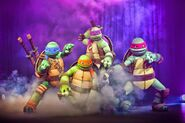 Summer-of-Shell-Teenage-Mutant-Ninja-Turtles-Nickelodeon-Suites-Resort-Nick-Hotel-TMNT-Press-Photo-2014