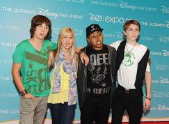 Leo+Howard+Olivia+Holt+D23+Expo+2011+Day+2+iXBj0FMOGR0l