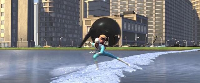 File:Incredibles-disneyscreencaps com-11821.jpg