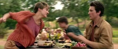 Tris and Peter about to do something stupid