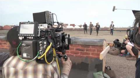 Divergent - 12 Munites of Behind the Scenes Footage