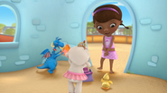 Doc McStuffins - S01E21 - To Squeak, or Not to Squeak 53