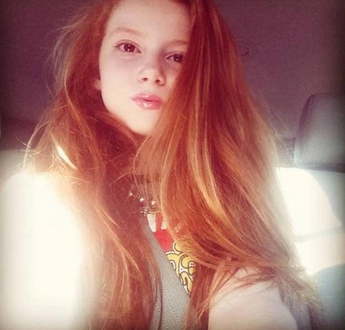 File:Francesca Capaldi selfie.jpg
