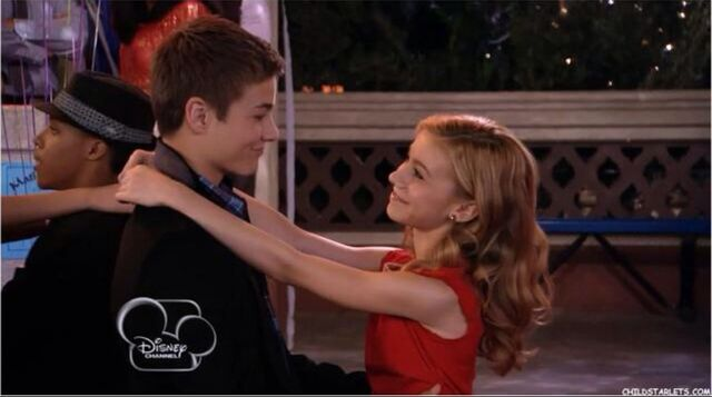 File:Wavery Smiling At Each Other While Slow Dancing At The Dance.jpg